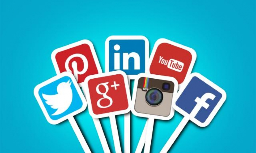 10 Qualities to Look for When You Hire a Social Media Consultant or Manager